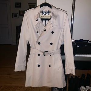 Burberry Harbourne Trench Coat